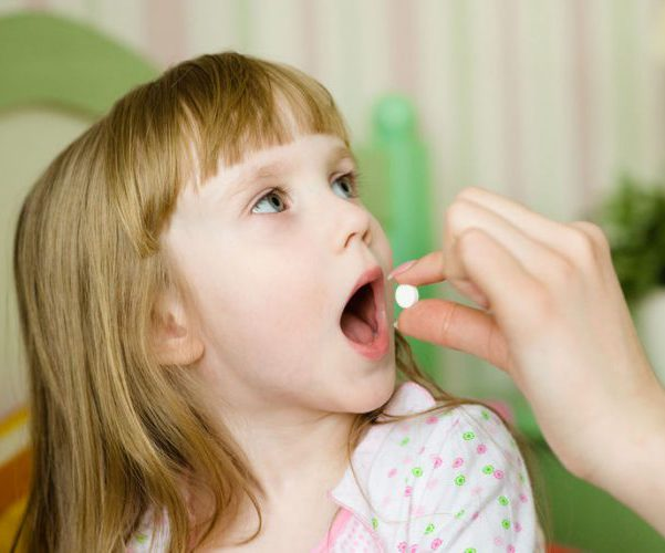 Ребенок таблетки