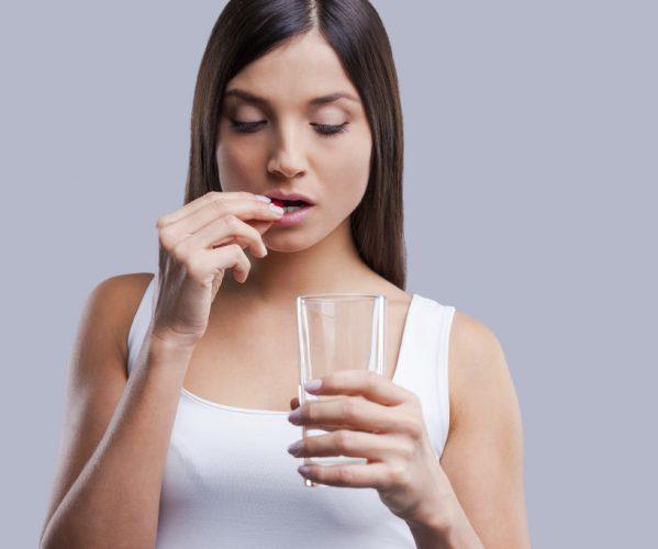 Пьет витамины