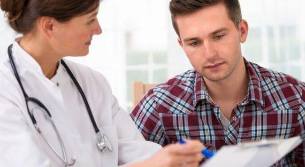 Юноша у врача