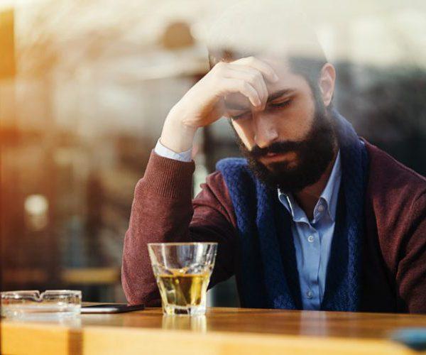 Моча с запахом у мужчины причины