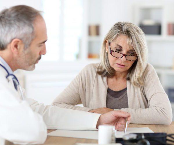 Повышенные лейкоциты в моче: стоит ли переживать и что это значит