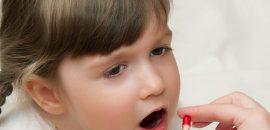 Почему у ребенка темная моча и что при этом делать